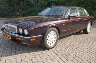 Daimler DOUBLE SIX - YOUNGTIMER sedan