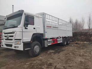 HOWO Cargo truck kamion furgon