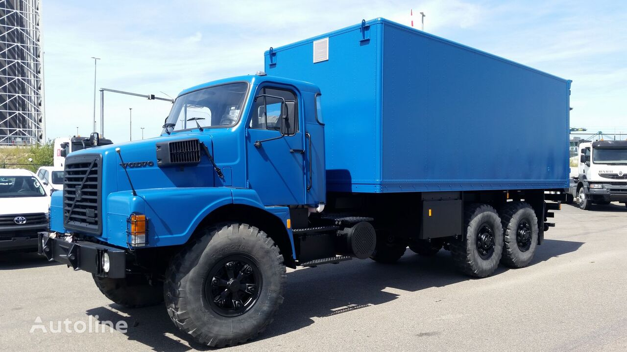 VOLVO N10  kamion furgon