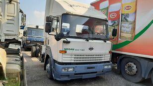 NISSAN ECO T-160 / 6 x Cylinders Full Spring  kamion šasija