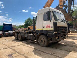 MAZ 6312 vozilo za prijevoz kontejnera