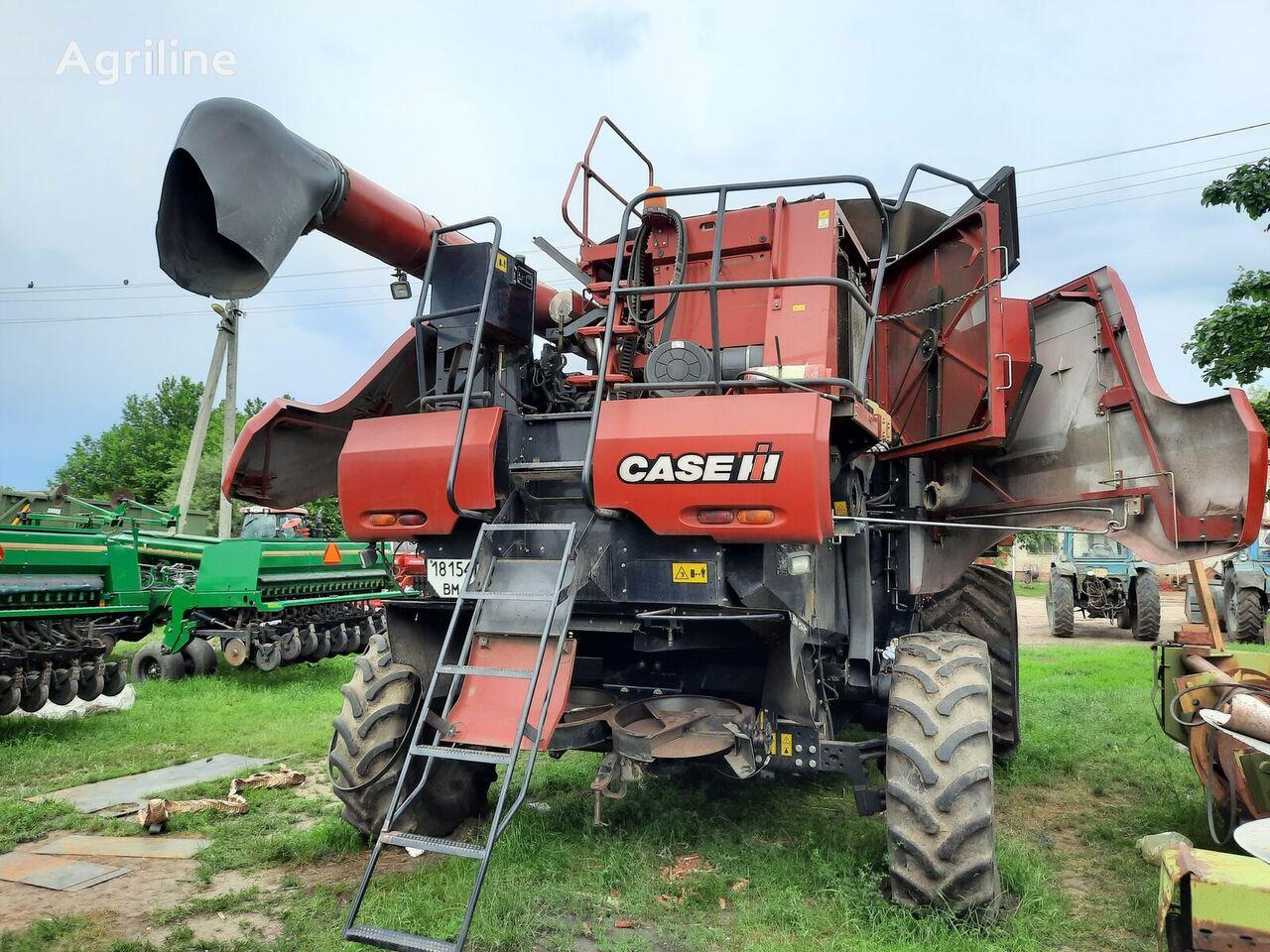 CASE IH 5130 kombajn za žito