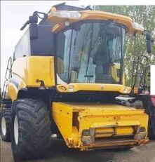 NEW HOLLAND CR 980 +Biso CX100 kombajn za žito