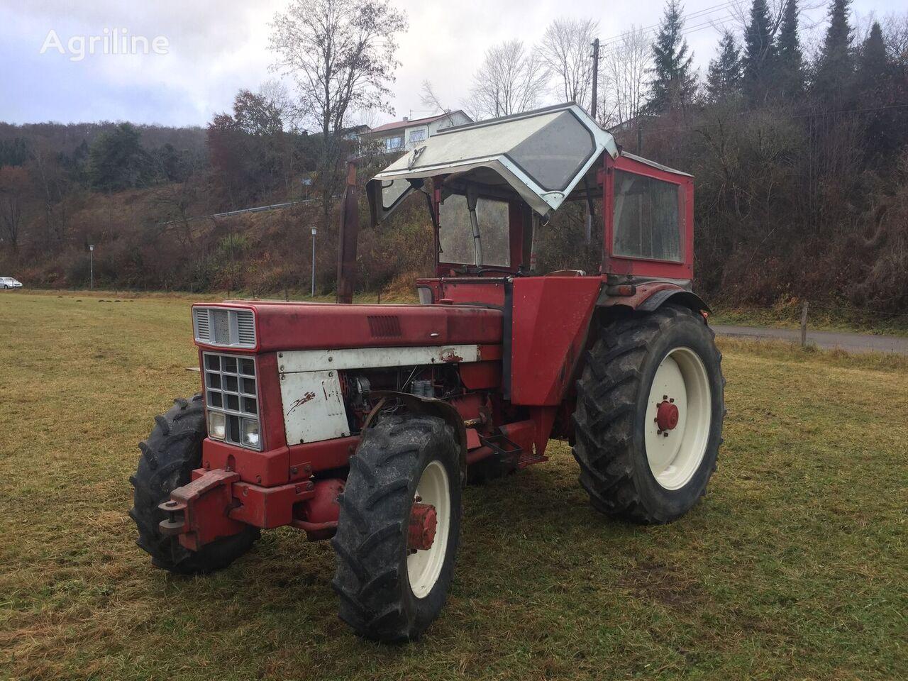 IHC 1046 traktor točkaš