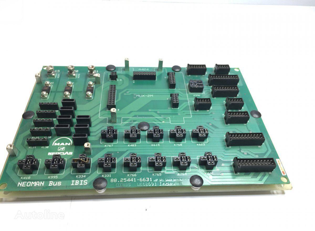 Fuses Circuit Board kutija s osiguračima za MAN Lions bus (1991-) autobusa