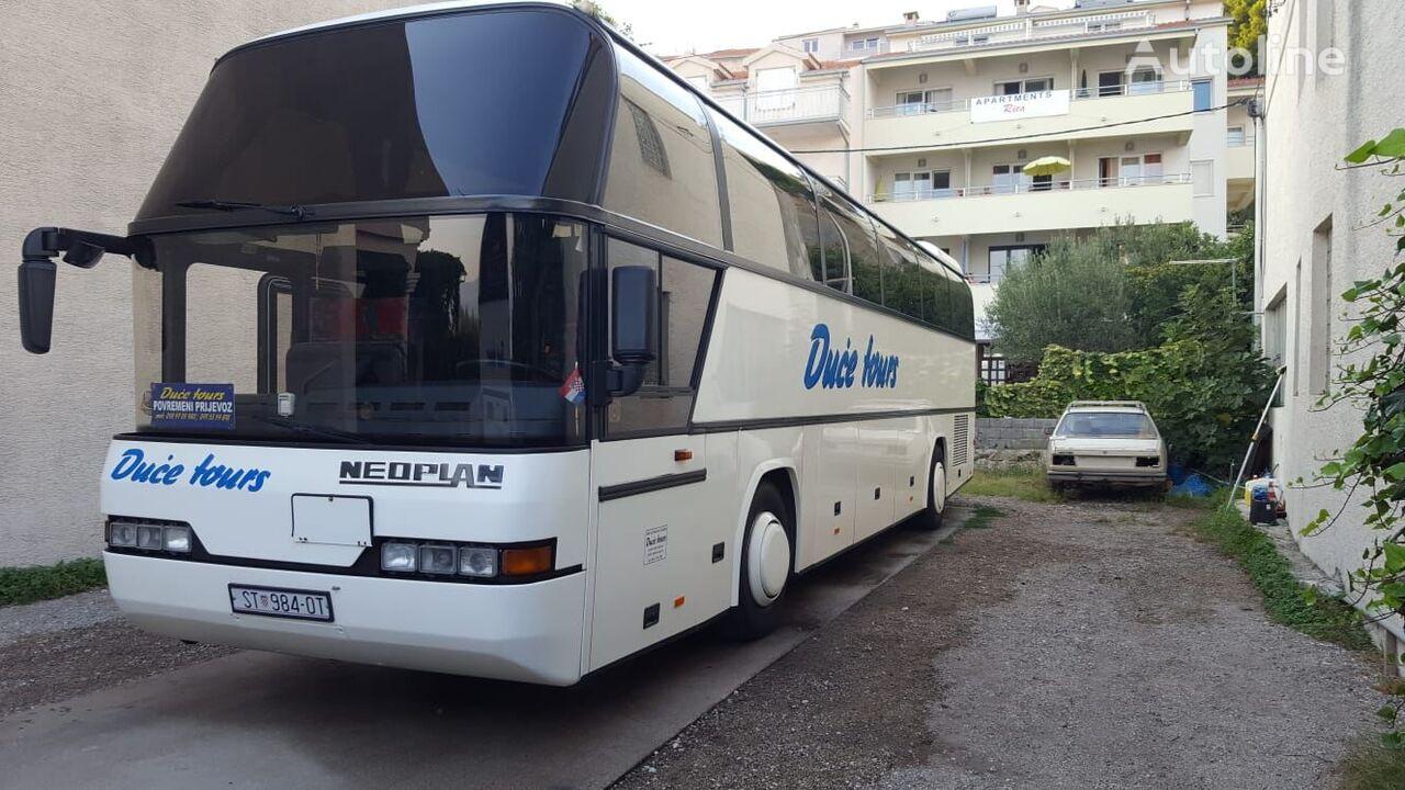 NEOPLAN Cityliner N116 turistički autobus
