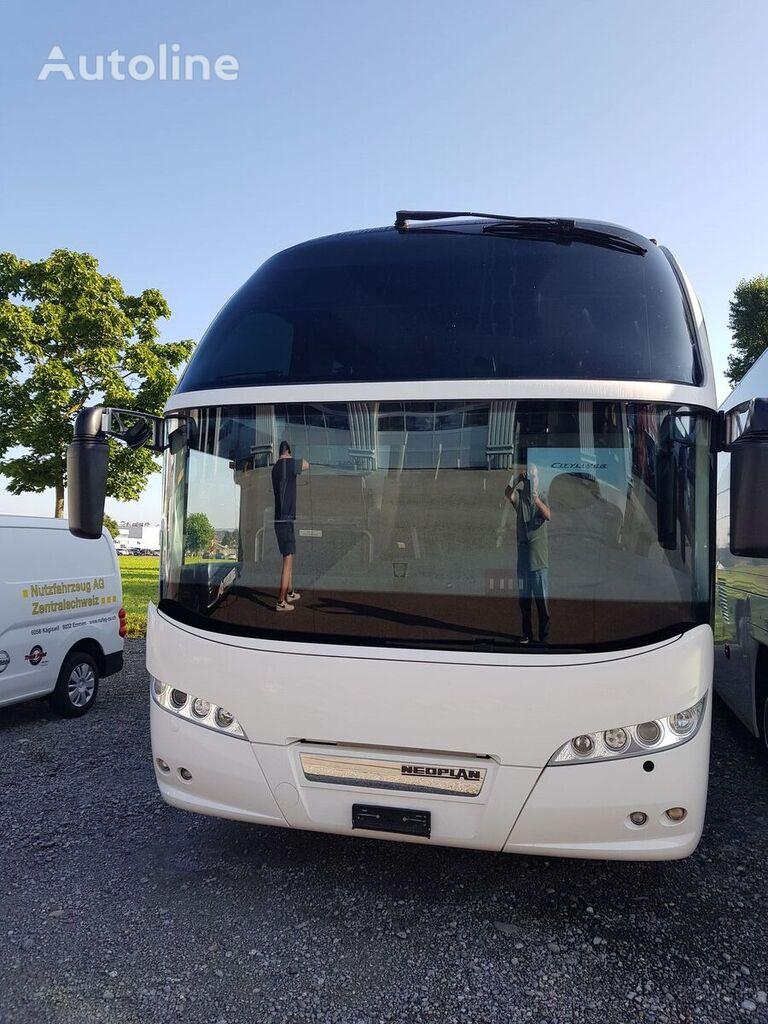 NEOPLAN Cityliner P14 turistički autobus