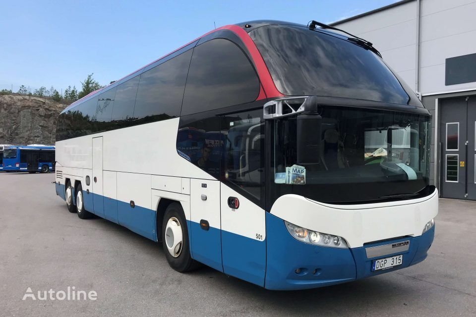 NEOPLAN Cityliner P15  turistički autobus